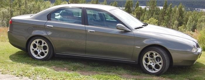 1999 Alfa 166 3.0 Super.jpg